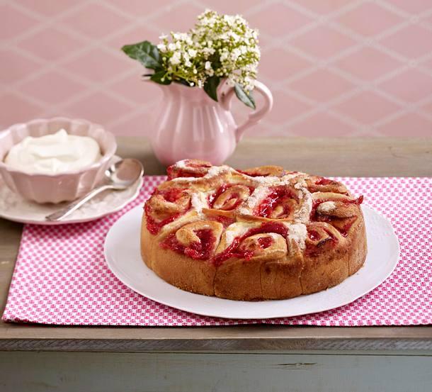 Rhabarber-Buttermilch-Kuchen Rezept