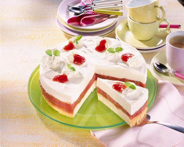 Rhabarber-Buttermilch-Torte Rezept