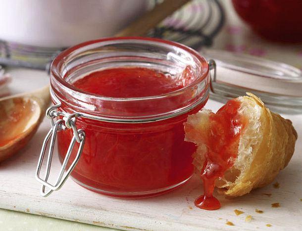 Rhabarber-Erdbeer-Konfitüre Rezept