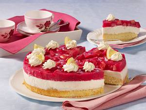 Rhabarber-Joghurtcreme-Torte Rezept