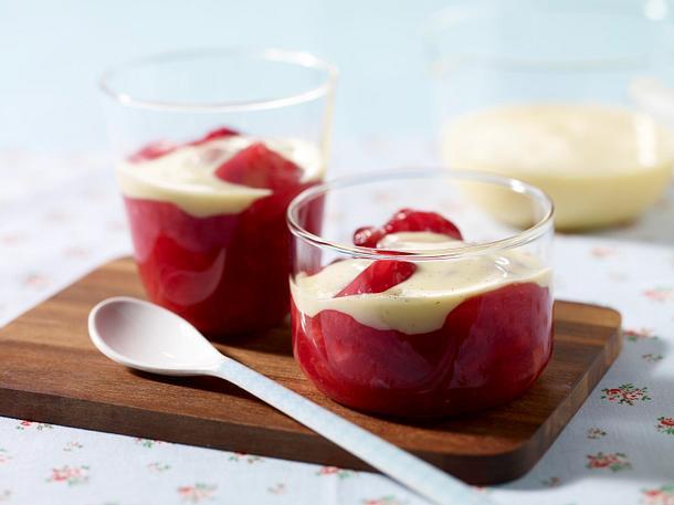 Rhabarber-Kompott mit Vanillesoße Rezept