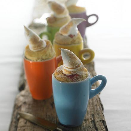 Rhabarber-Muffins mit Baiser (für 12 Stück) Rezept