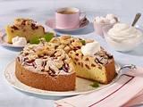 Rhabarberkuchen mit Makronenmasse Rezept