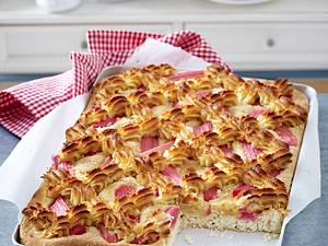 Rhabarberkuchen vom Blech Rezept