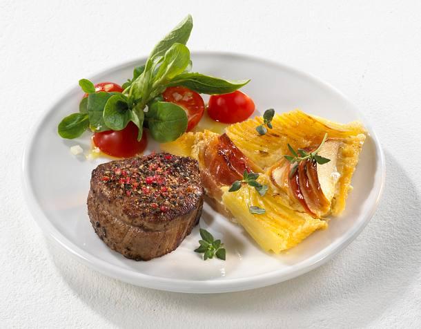 Rinderfiletsteak mit Kartoffel-Apfelgratin Rezept