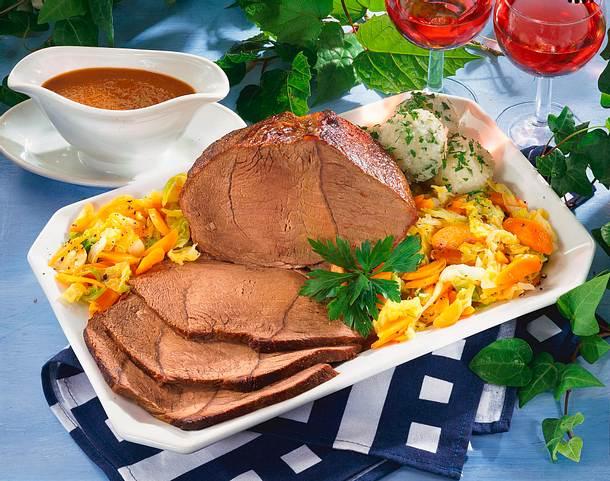 Rinderschmorbraten mit Wirsing-Möhren-Gemüse Rezept