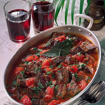 Rindfleisch in Tomaten-Soße Rezept
