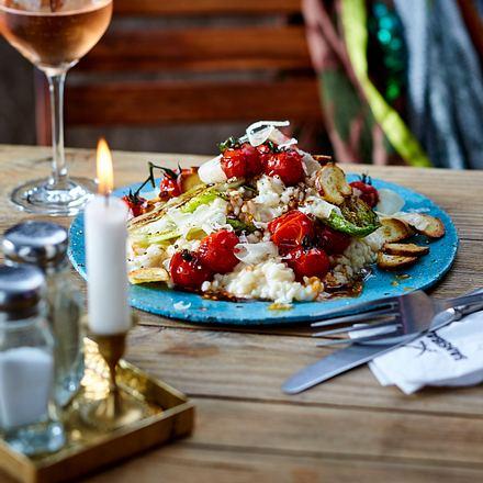 Risotto mit Toamten und Salat (Sansibar) Rezept