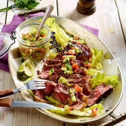 Roastbeef mit Avocadosalsa und Römersalat Rezept
