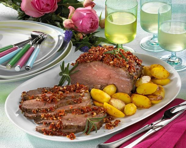 Roastbeef mit Tomatenpesto und Parmesan-Dip Rezept