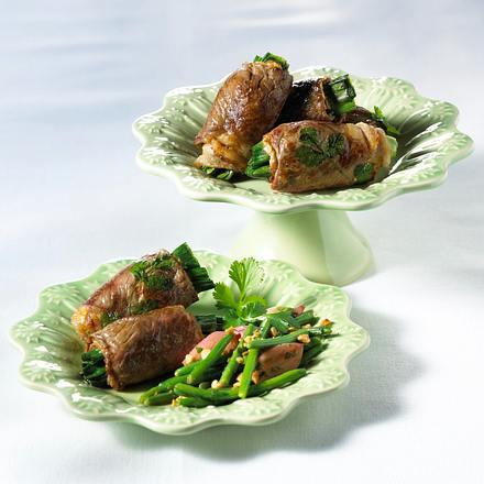 Roastbeef-Rouladen mit Erdnussbutter (mit frischen Bohnen) Rezept