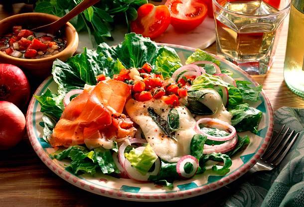 Römersalat mit Mozzarella Rezept