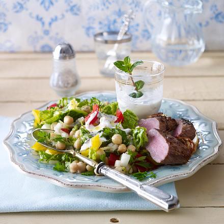 "Römersalat ""oriental"" mit Lammlachsen, Paprika Rezept"