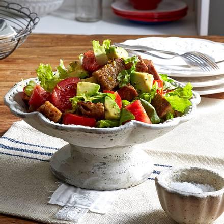 Röstbrot-Avocado-Salat Rezept