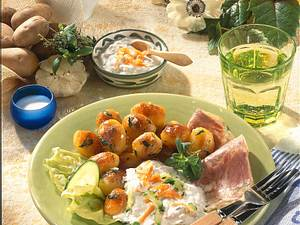 Röstkartoffeln mit Sülz und Dip Rezept