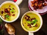 """Rosenkohlsuppe """"easy-peasy"""" mit Chili-crunch Rezept"""