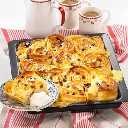 Rosinen-Marzipan-Schnecken-Kuchen Rezept