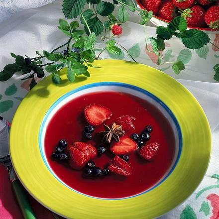 Rote Beerenkaltschale Rezept