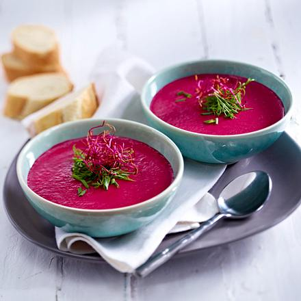 Rote-Bete-Buttermilchsuppe mit Dill Rezept