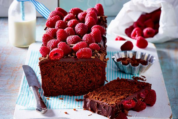 Rote Bete Kuchen mit Himbeeren Rezept