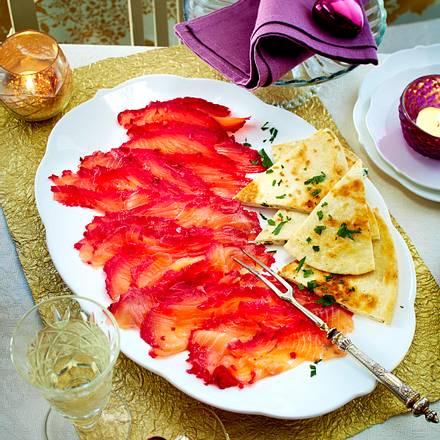 Rote-Bete-Lachs mit Frischkäse-Meerrettich-Quesadilla Rezept