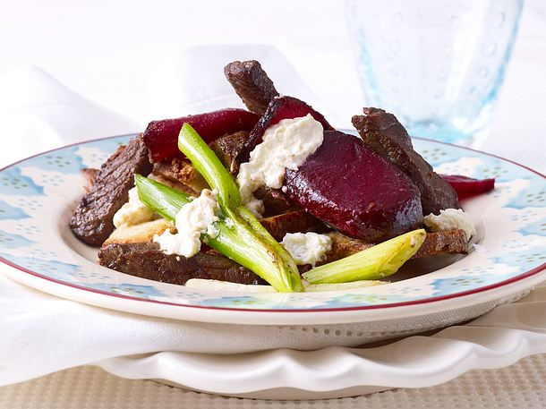 Rote Bete mit Beefsteakstreifen und Meerrettich Rezept
