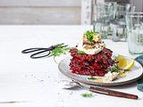 Rote-Bete-Puffer mit Räuchermakrele Rezept