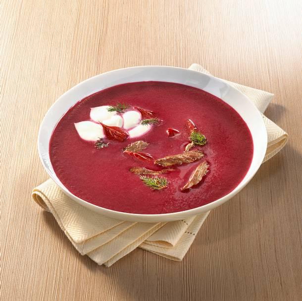 Rote-Bete-Suppe mit Beefsteak Rezept