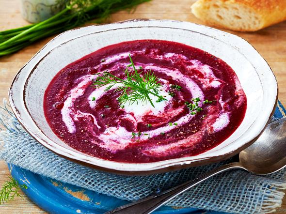 Rote-Bete-Suppe mit Buttermilch Rezept