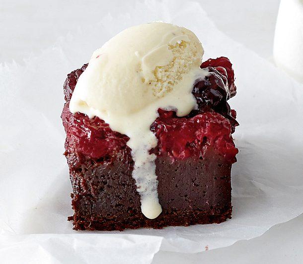 Rote-Grütze-Brownie Rezept