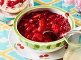 Rote Grütze mit Vanillesoße Rezept