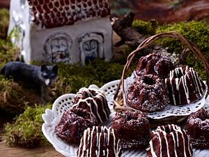 Rotkäppchen (Schoko-Cookie Guglhupf) Rezept