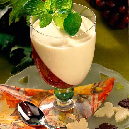 Rotwein-Gelee mit Vanille-Soße Rezept