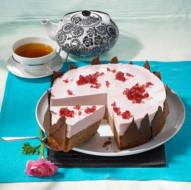 Rotwein-Sahne-Torte Rezept