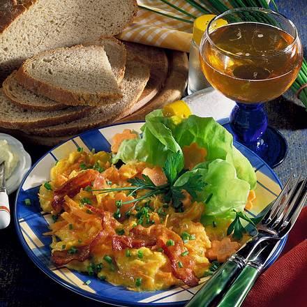 Rührei mit Möhren & Bacon Rezept
