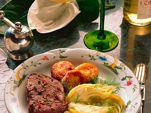 Rumpsteak mit Fenchelgemüse und Kartoffeltalern Rezept