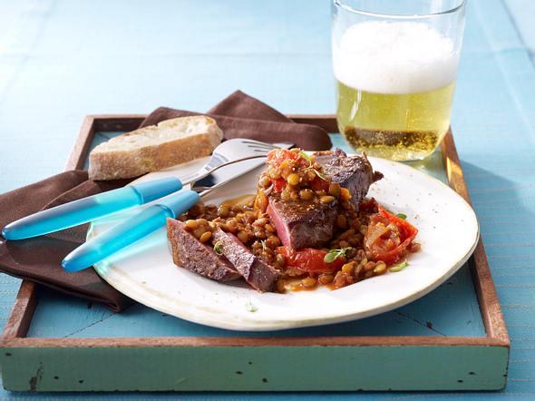 Rumpsteak mit Linsen und Tomaten Rezept