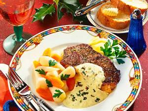 Rumpsteaks mit Möhren, Teltower Rübchen und Sauce Rezept