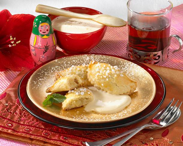 Russische Apfel-Piroschkis Rezept