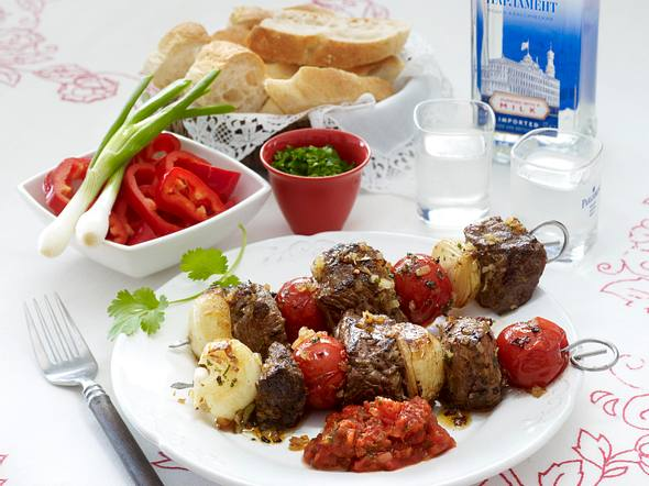 Russisches Schaschlik mit Tomatensoße Rezept