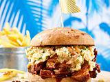 Rustikaler Steakburger mit Coleslaw und Skinny Fries Rezept