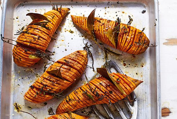Süßkartoffeln à la Hasselback Rezept