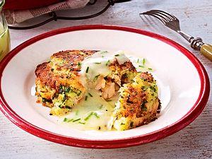 Saftige Lachsforellen-Kartoffel-Küchlein-F5672302