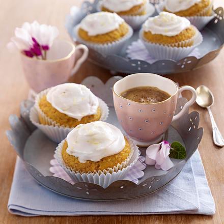 Saftige Möhren-Mandel-Muffins Rezept