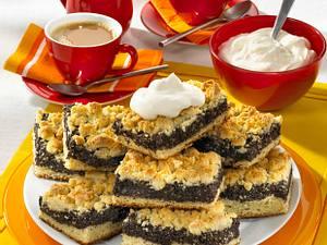 Saftiger Mohnkuchen vom Blech Rezept