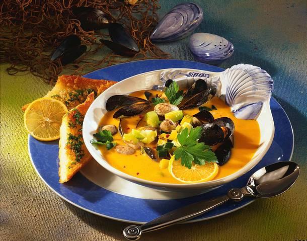 Sahnige Muschelsuppe Rezept