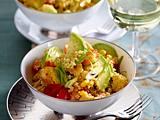 Salade de quinoa au poulet Rezept