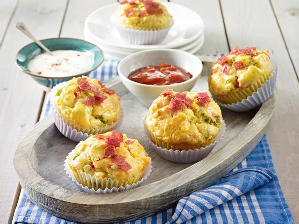 Salami-Pizza-Muffins Rezept