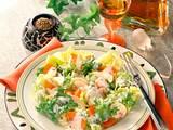 Salat mit Buttermilch-Dressing Rezept
