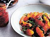 Salat mit Orangen und schwarzen Oliven Rezept